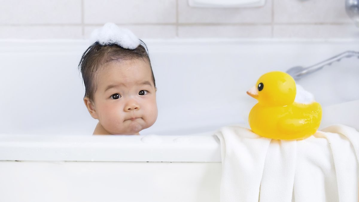 ژل شستشو دهنده مو و بدن کودک موستلا حجم 200 میلی لیتر