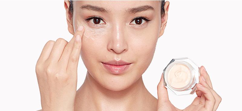 راز پوست درخشان و بدون لک زنان کره ای